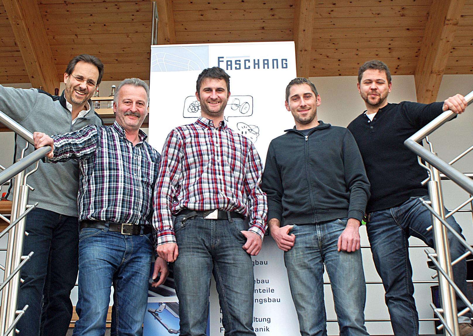 petWALK mechanics-team<.
